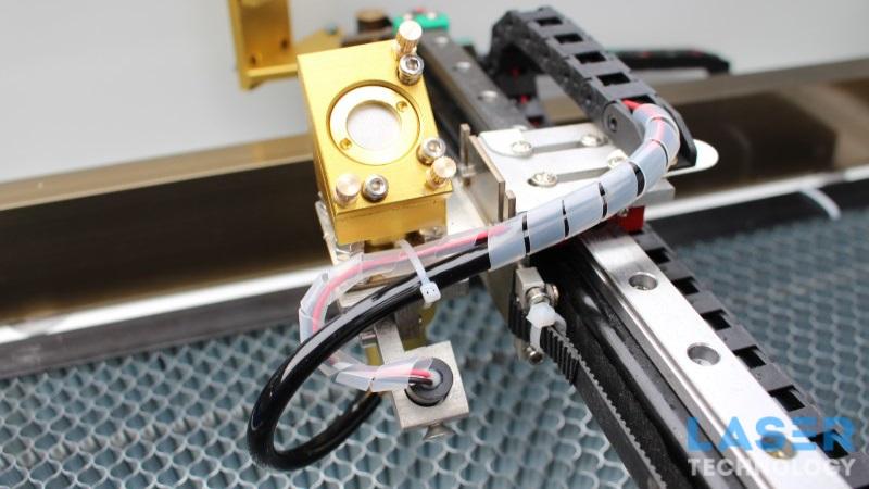 Как сфокусировать лазер на гравере